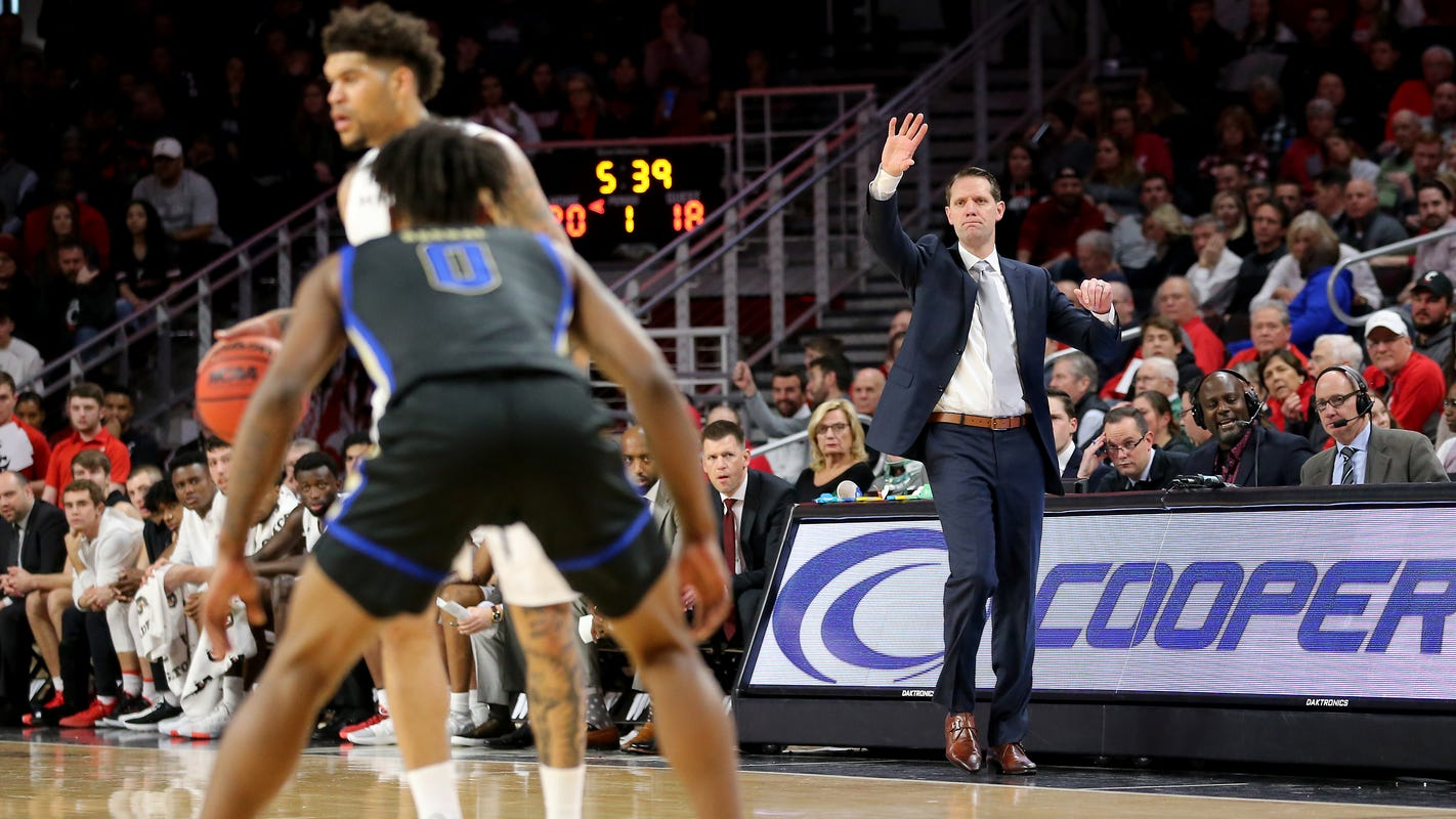 Time for UC Bearcats basketball 'to take the next step' on the road at UCF