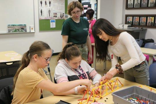 Students take part in the 2019 Digital Divas program