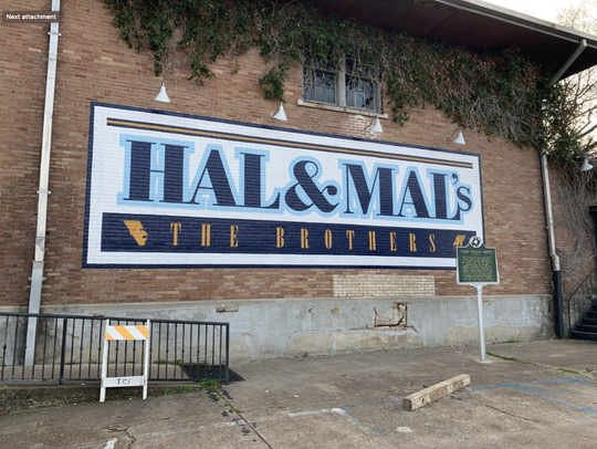 Hal & Mal's