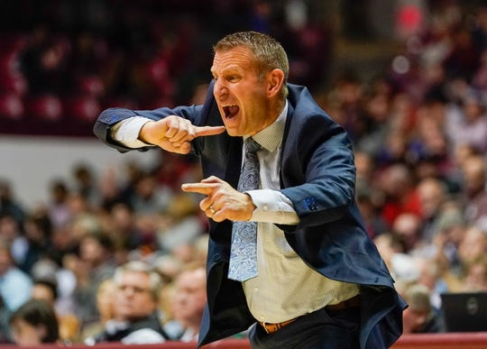 Jan 8, 2020; Tuscaloosa, Alabama, USA; Alabama Crimson Tide head coach Nate Oats reacts to his teams play against Mississippi State Bulldogs at Coleman Coliseum. Mandatory Credit: Marvin Gentry-USA TODAY Sports