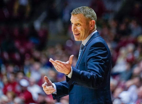 Jan 8, 2020; Tuscaloosa, Alabama, USA; Alabama Crimson Tide head coach Nate Oats during the game against Mississippi State Bulldogs at Coleman Coliseum. Mandatory Credit: Marvin Gentry-USA TODAY Sports