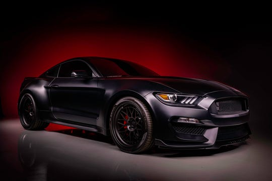 Diamondbacks pitcher Madison Bumgarner will auction his 2018 Ford Shelby GT350.