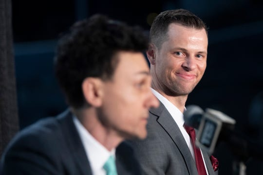 New York Liberty WNBA basketball team new head coach Walt Hopkins, right, smiles as General manager Jonathan Kolb introduces him to reporters during a news conference at Barclays Center on Wednesday.