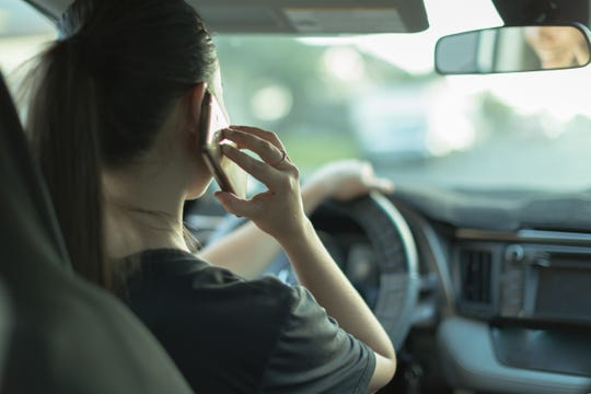 According to the Iowa Department ofTransportation, drivers distracted by the use of a phone or other device caused 1,090 crashesstatewide in 2018, resulting in 524 injuries and nine deaths.