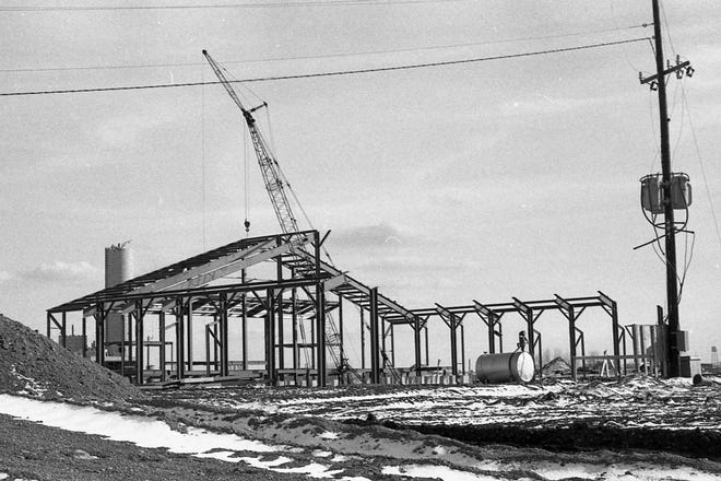 The RCA plant in Circleville under construction in 1970.