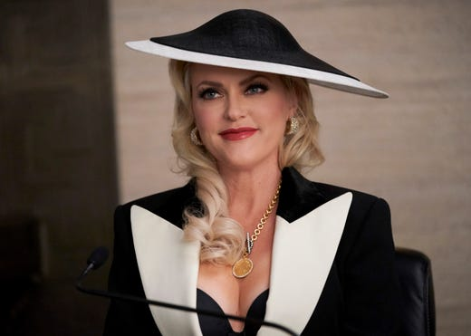'Dynasty:' How Elaine Hendrix stepped into role of Alexis ... Elaine Hendrix Alexis