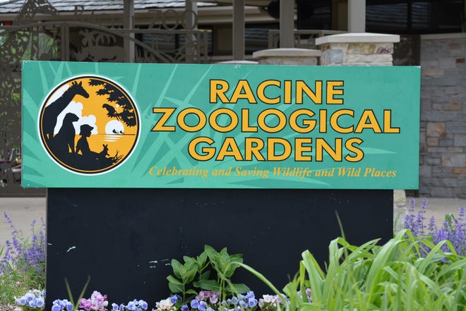 Racine Zoo is having a Winter Picnic in a Snow Globe event in February.
