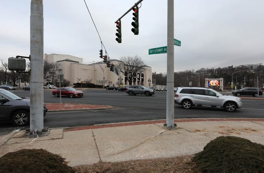 The intersection of Central Park Avenue and Tarrytown Road in White Plains, Jan. 10, 2020