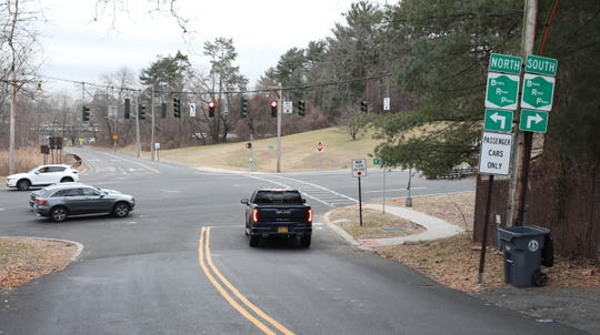 The intersection of the Bronx River Parkway and Fisher Lane in Greenburgh, Jan. 10, 2020