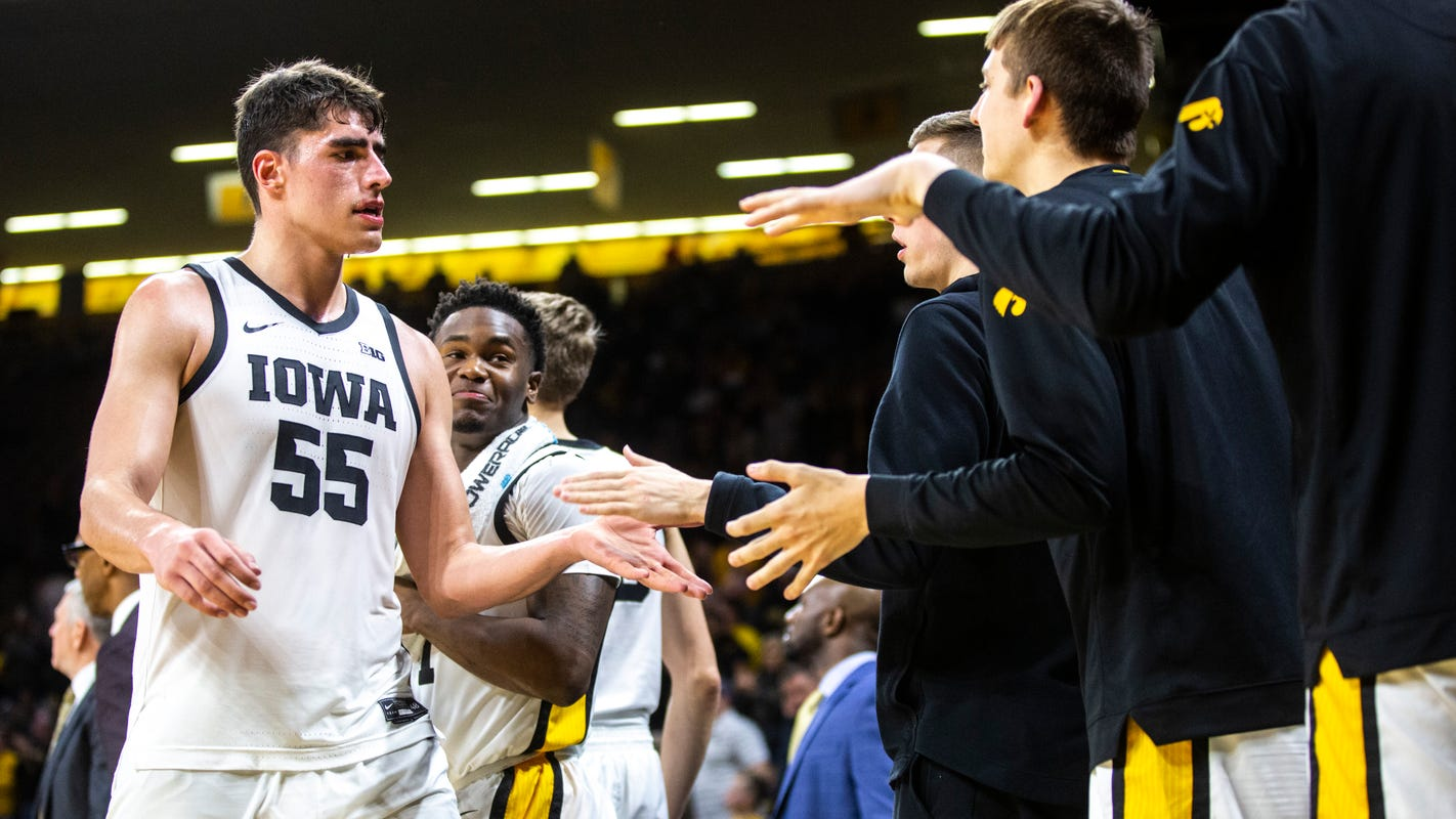 Iowa's Luka Garza prepares for another battle with Michigan, hopes for a better outcome