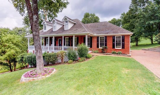 BRENTWOOD: 1325 Chestnut Drive 37027