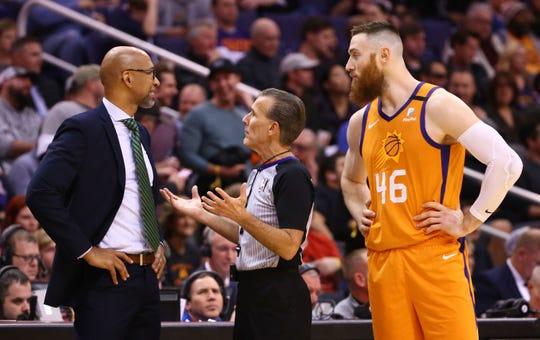 Official Ken Mauer talks to Phoenix Suns head coach Monty Williams in the first half at Talking Stick Resort Arena on Jan. 10, 2020 in Phoenix, Ariz.