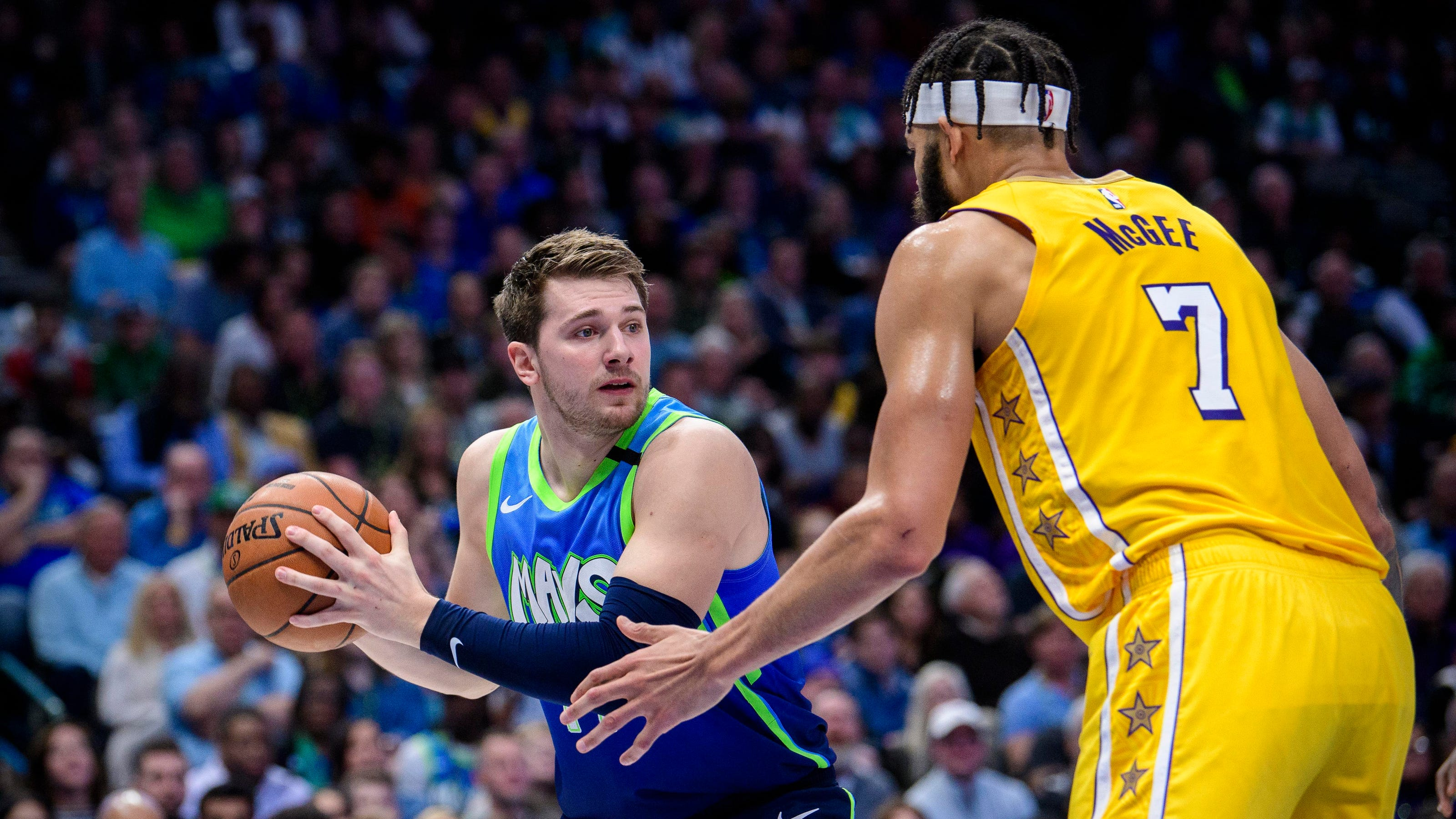 Luka Doncic Rips Jersey In Anger In Mavericks Game Vs Lakers