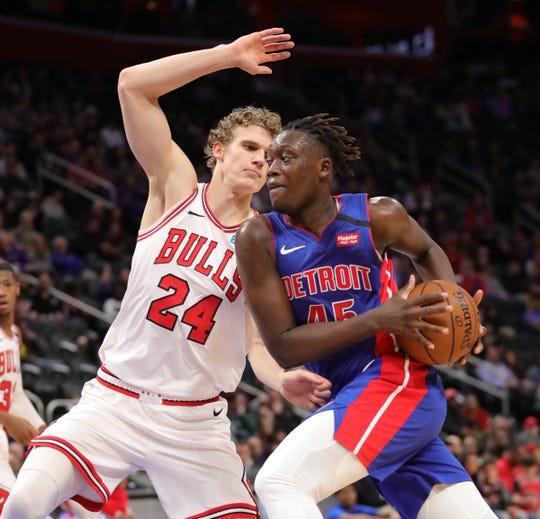 Detroit Pistons forward Sekou Doumbouya drives against Chicago Bulls forward Lauri Markkanen during the first quarter at Little Caesars Arena in Detroit, Saturday, Jan. 11, 2020.