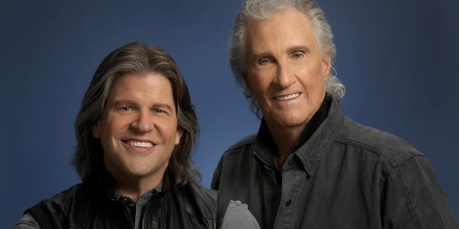 Bill Medley and Bucky Heard gave a righteous performance at Ruby Diamond Concert Hall last Wednesday night. A myriad of fans gathered and were awed by the colorful procession of classic hits.