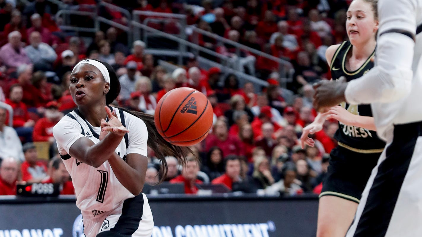 Louisville basketball defeats Virginia, pushing winning streak to 11 games
