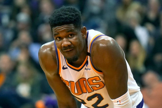 Phoenix Suns center Deandre Ayton (22) in the first half during an NBA basketball game against the Sacramento Kings, Tuesday, Jan. 7, 2020, in Phoenix. (AP Photo/Rick Scuteri)