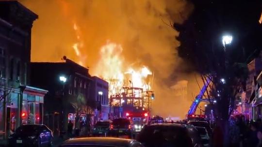 'Disastrous' fire rips through NJ apartment buildings