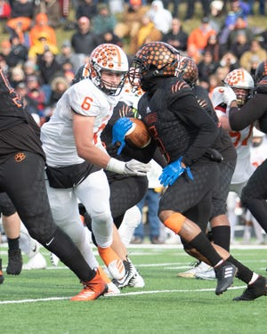 Brighton defensive end Luke Stanton (6) has committed to Grand Valley State University.