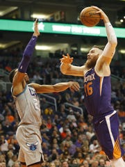 What could the Phoenix Suns get in a trade for Aron Baynes?