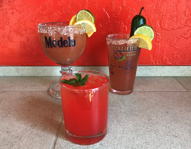 New regulations permit restaurants in Reno, Sparks and Washoe County to sell mixed drinks to go, with limitations.
