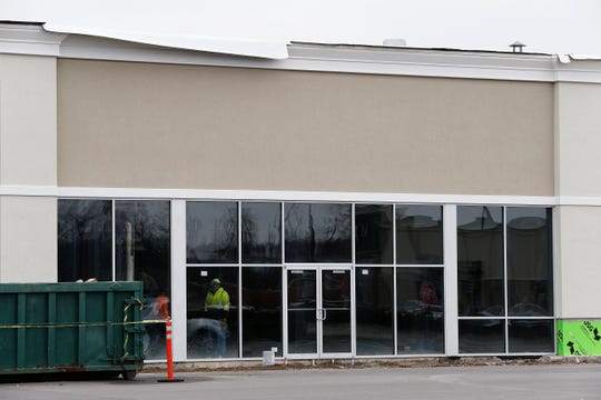 Work continues on the new exterior storefront being added to the east end of the Richmond Mall on Monday, Jan. 13, 2020.
