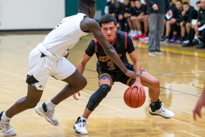 Andrew Ramirez, a transfer from Ventura High, has helped Oxnard win 20 of its first 21 games this season.