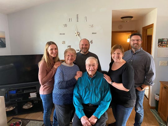 Rachel, Susan, Russell, Rebecca, and Rob surround Bob at the Manzke family Thanksgiving 2019.