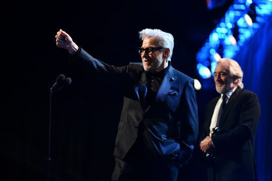 Harvey Keitel and Robert De Niro may not have been able to finish their acceptance speeches during the telecast, but attendees encouraged them to keep talking into the commercial break.