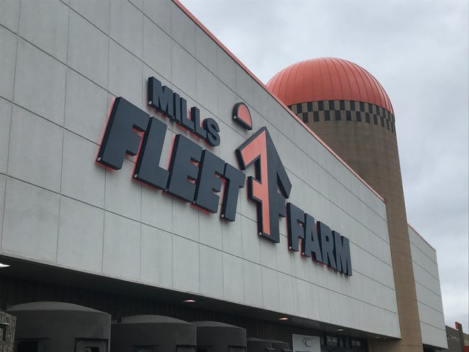 Mills Fleet Farm in Grand Chute