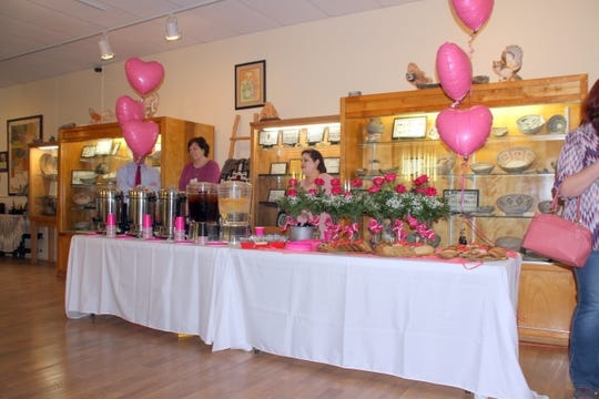 A beautiful spread of refreshments and desserts were laid out for the auxiliary members.
