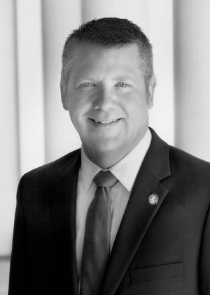Matthew Pontes is expected to take over as Shasta County's CEO on Jan. 27.