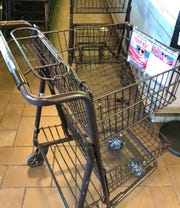 Ingles Markets has about the same number of small carts as larger ones at its 200 stores.