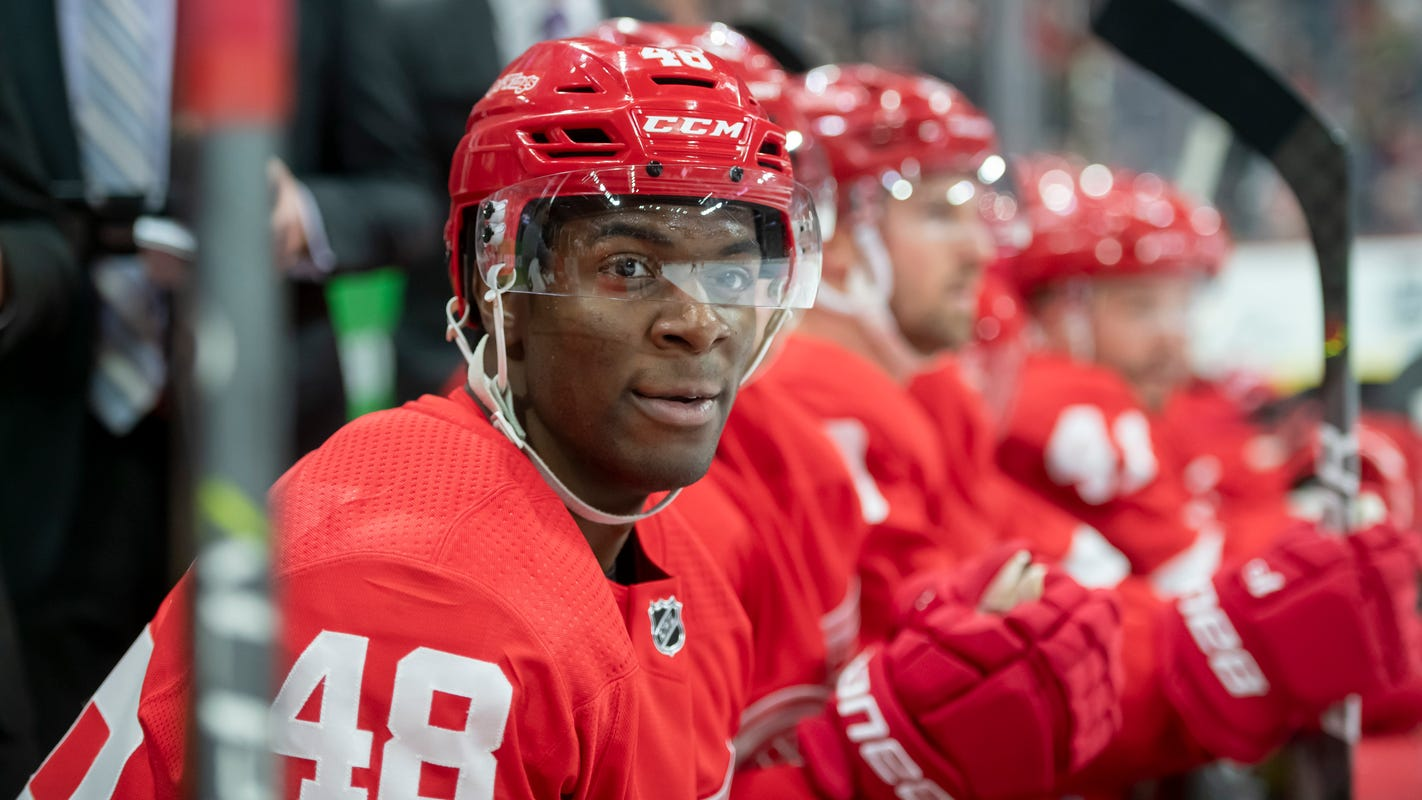 First NHL goal for Red Wings' Givani Smith comes with subdued celebration