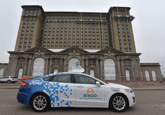 Argo AI tests self-driving Ford Fusions around Detroit.