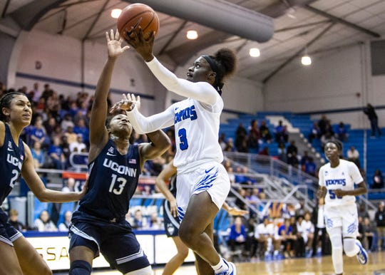 Memphis Tigers guard Gazmyne Herndon (3) shoots during game against the UConn Huskies at the Elma Neal Roane Field house on Tuesday, Jan. 14, 2020.