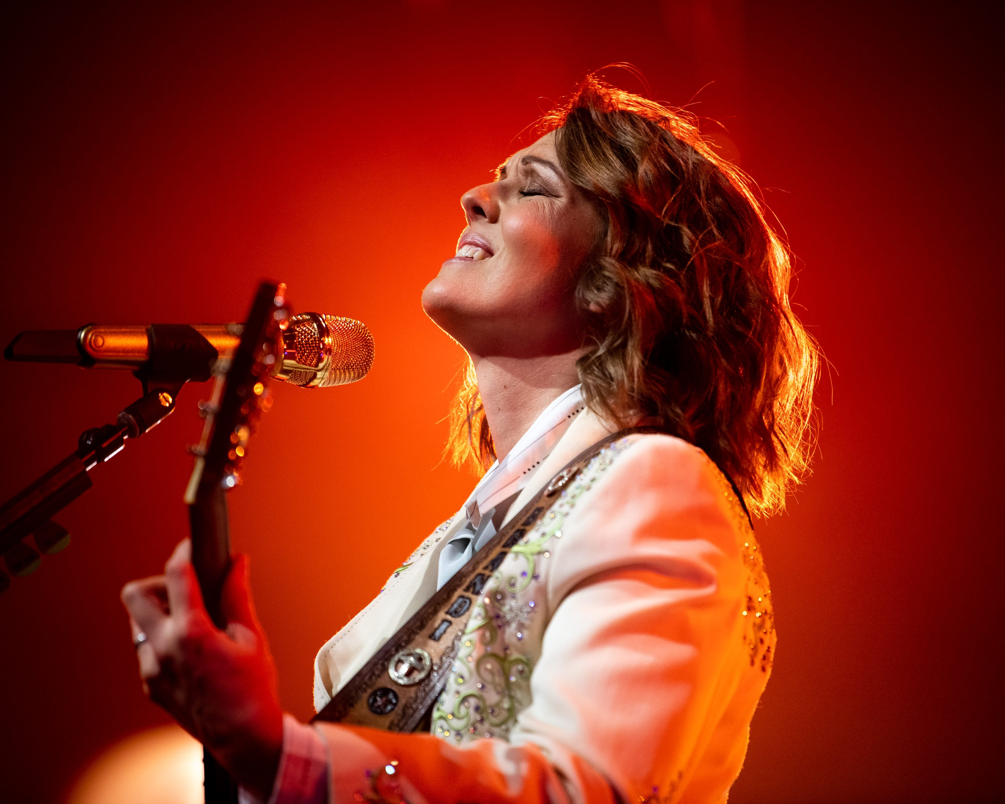 The Pick: Brandi Carlile electrifies, Celine Dion stuns and more from this week s top concerts