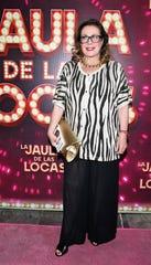 Laura, fuera del escenario, también es la gran villana de los melodramas políticos.