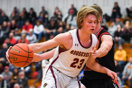 Roosevelt's Michael Paulson (23) dribbles toward the basket during the game against Brandon Valley on Tuesday, Jan. 14, 2020 at Roosevelt High School.
