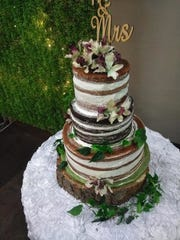 La Reyna Bakery on the East Side makes naked cakes, a popular choice for weddings.
