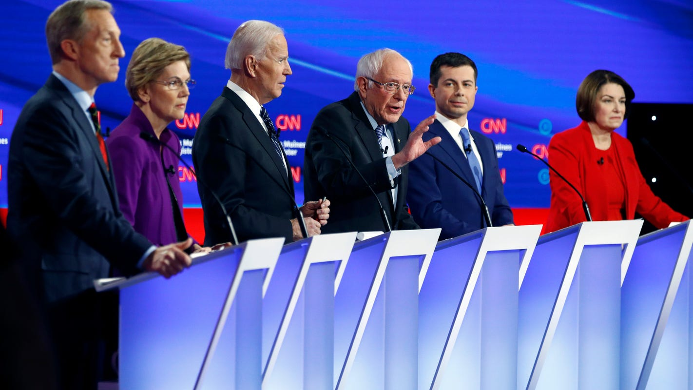 Hillary Clinton on Bernie Sanders: 'Nobody likes him.' Supporters react with #ILikeBernie.