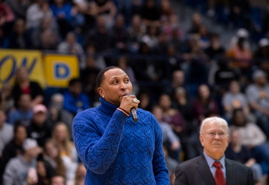 Shawn Marion returned to his old stomping grounds to address an appreciative crowd at Vincennes University's P.E. Complex Wednesday night, Jan. 15, 2020. The four-time NBA All-Star and 2011 champion with the Dallas Mavericks Shawn Marion was honored with a special halftime ceremony at Vincennes University Wednesday night, Jan. 15, 2020. Marion got his start playing with the Trailblazers from 1996-98.