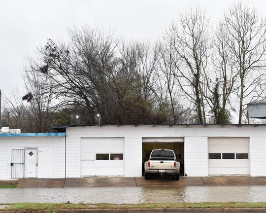 Businesses along West street in Jackson are facing early stages of flooding due to poor drainage working against rising water levels in creeks and the Pearl River as rain continues.  Thursday, Jan. 16, 2020