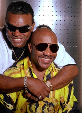 In this Aug. 1, 2001, file photo, the Rock and Roll Hall of Fame-inducted group, The Isley Brothers Ronald, left, and Ernie pose in New York. On Wednesday, April 22, 2015, the New Jersey Hall of Fame announced that The Isley Brothers are nominated for this year's induction class. Voters can pick candidates until June 7. (AP Photo/Jim Cooper, File)