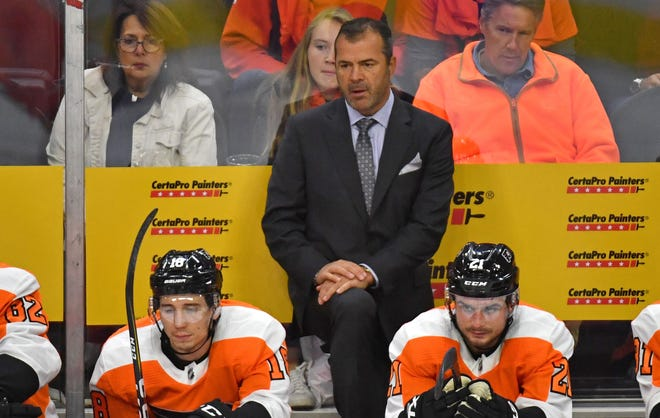 Flyers coach Alain Vigneault wasn't pleased with his team's response Thursday night.