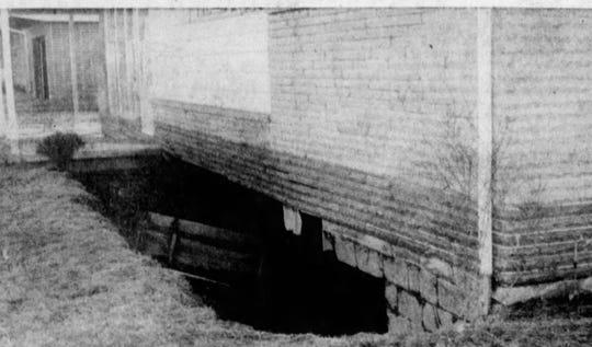 Open basements were common along Teatsworth Drive. From the Jan. 16, 1959 Gazette.