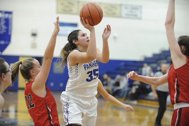 Southeastern's Macie Graves goes up for a shot during a 65-46 win over Westfall on Thursday Jan. 16, 2020 at Southeastern High School in Chillicothe, Ohio.