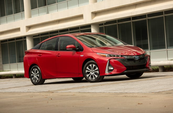 The Toyota Prius was once a status symbol for green-conscious consumers, although Tesla now appears to have primary claim to that role.