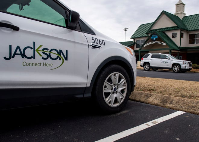 The city of Jackson owns 450 vehicles and plans to install tracking capabilities in all of them.