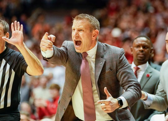 Jan 15, 2020; Tuscaloosa, Alabama, USA; Alabama Crimson Tide head coach Nate Oats during the game against Auburn Tigers at Coleman Coliseum. Mandatory Credit: Marvin Gentry-USA TODAY Sports